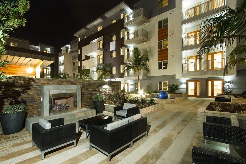 lb senior apartments exterior view2