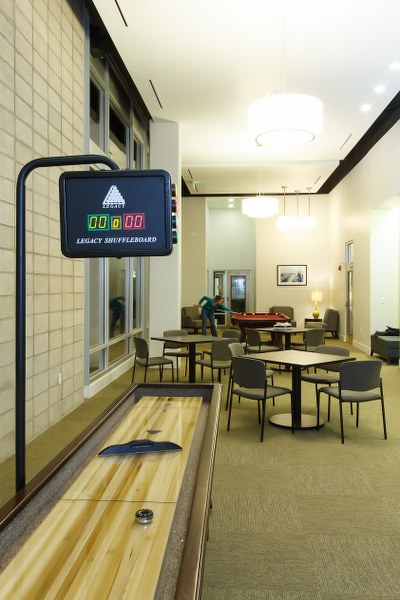 lb senior apartments interior view9